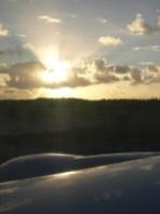 Guam - Aile d'un boeing 777 - Soleil levant