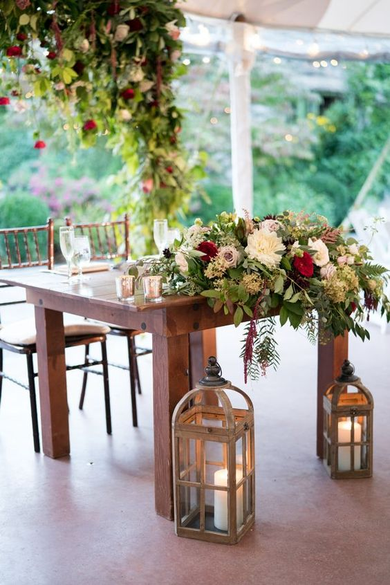 20 Rustic Country Wedding Head Sweetheart Table Ideas