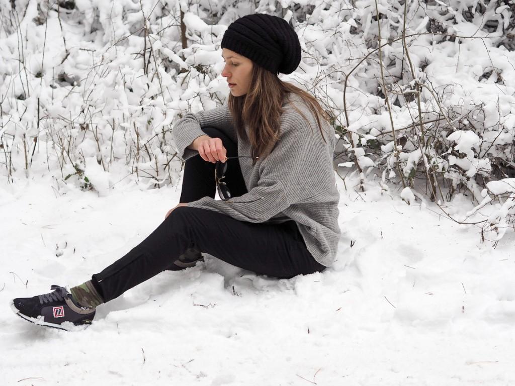 winter_wood_walking