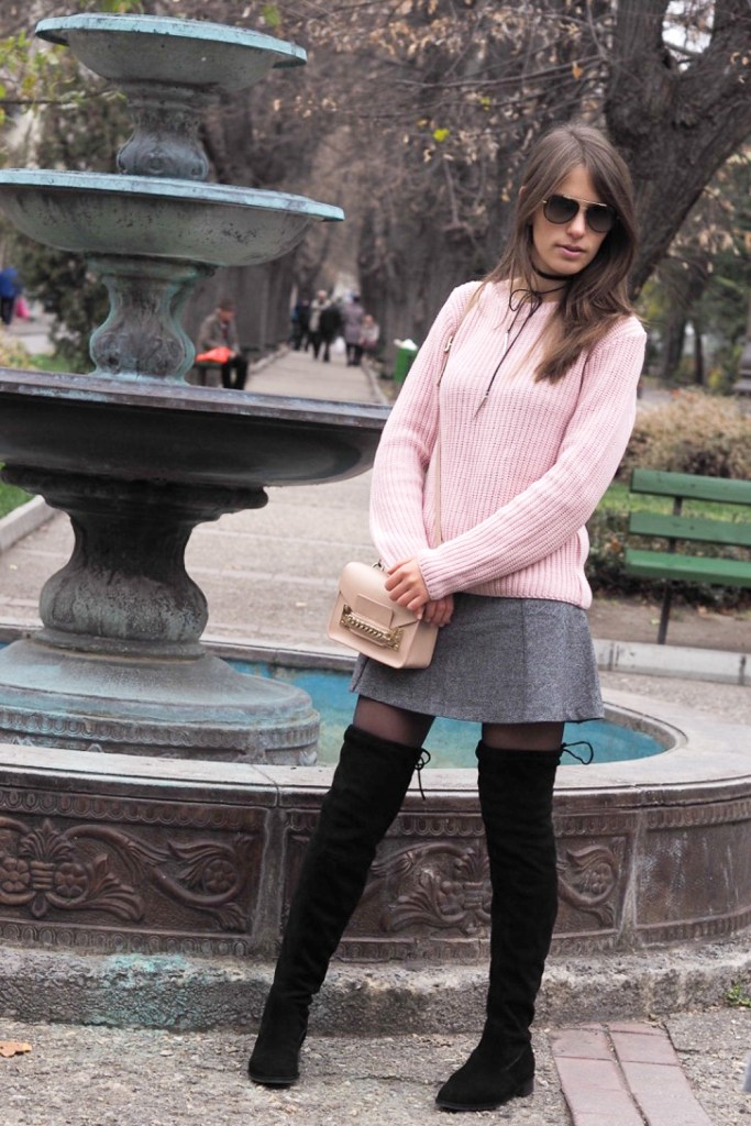 short skirt pink sweat