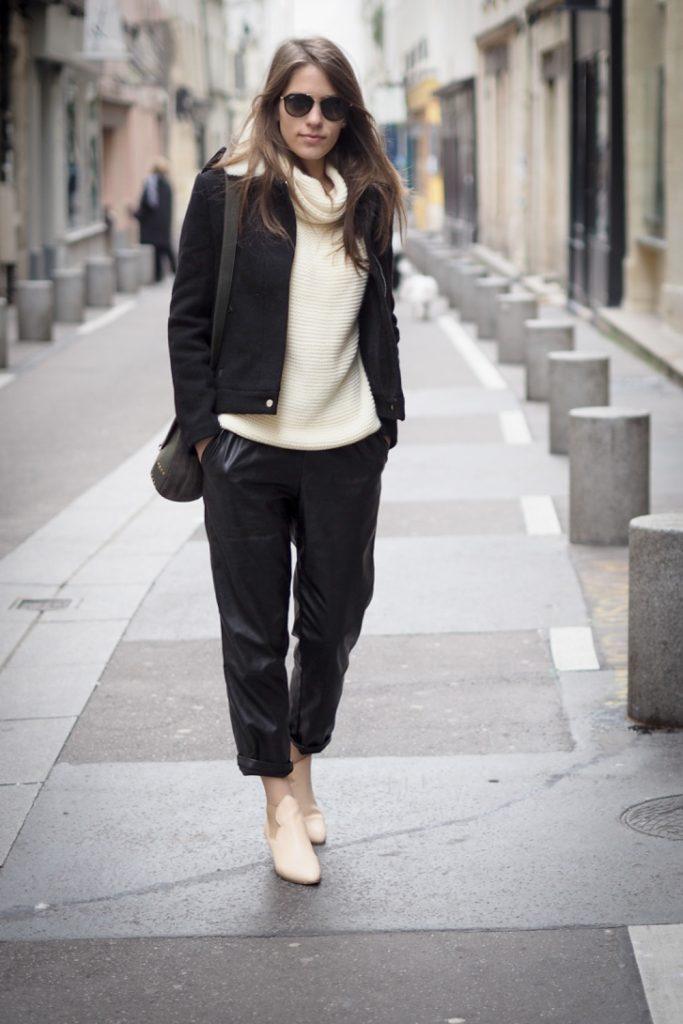 walking_in_Paris_NadiaM