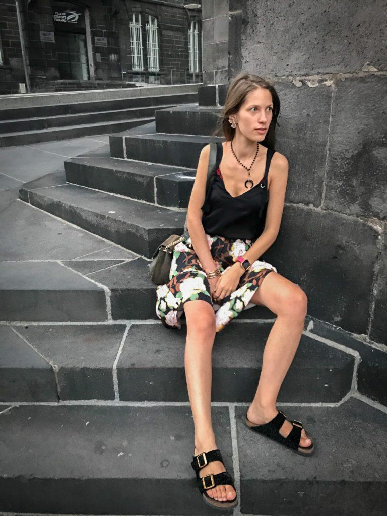 Nadya_rosesinparis_voyage_France