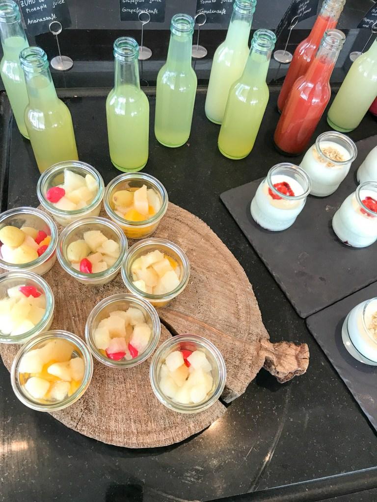 breakfast_melia_Salinas_rosesinparis