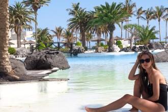 pool_facilities_hotel_nadyainparis_travel_blog