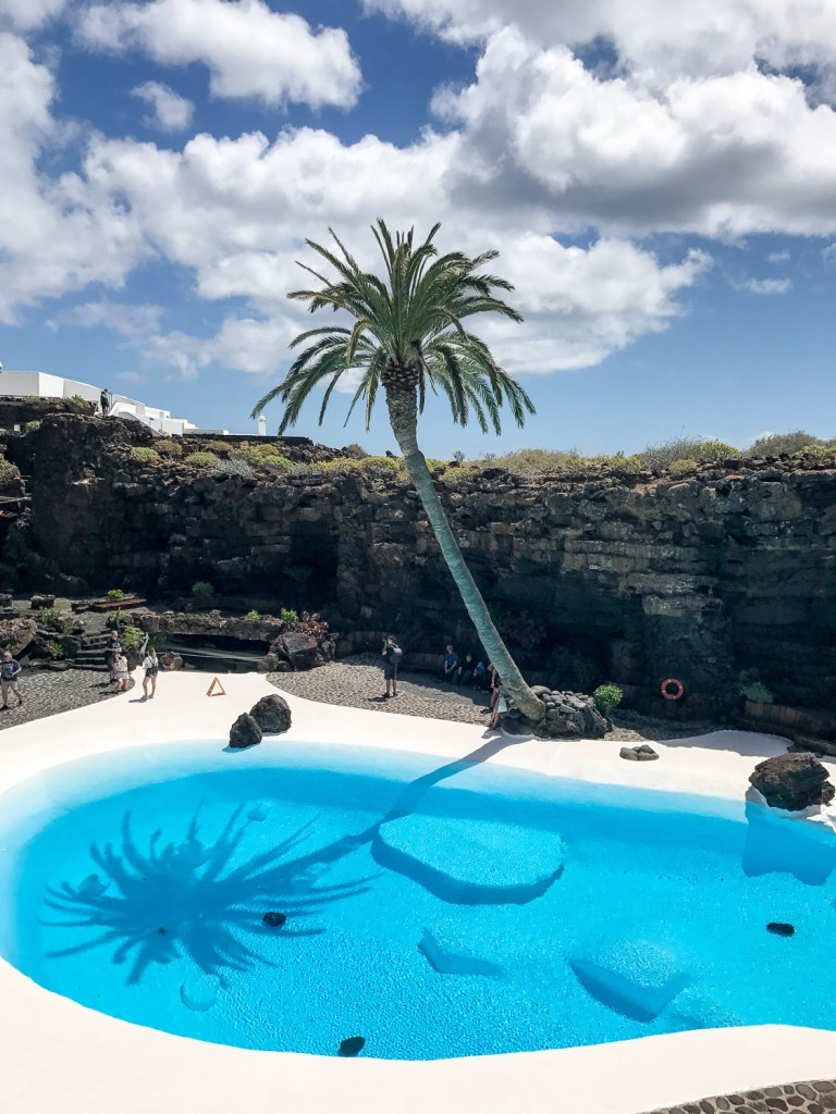 Jameos_del_agua_to_do_list