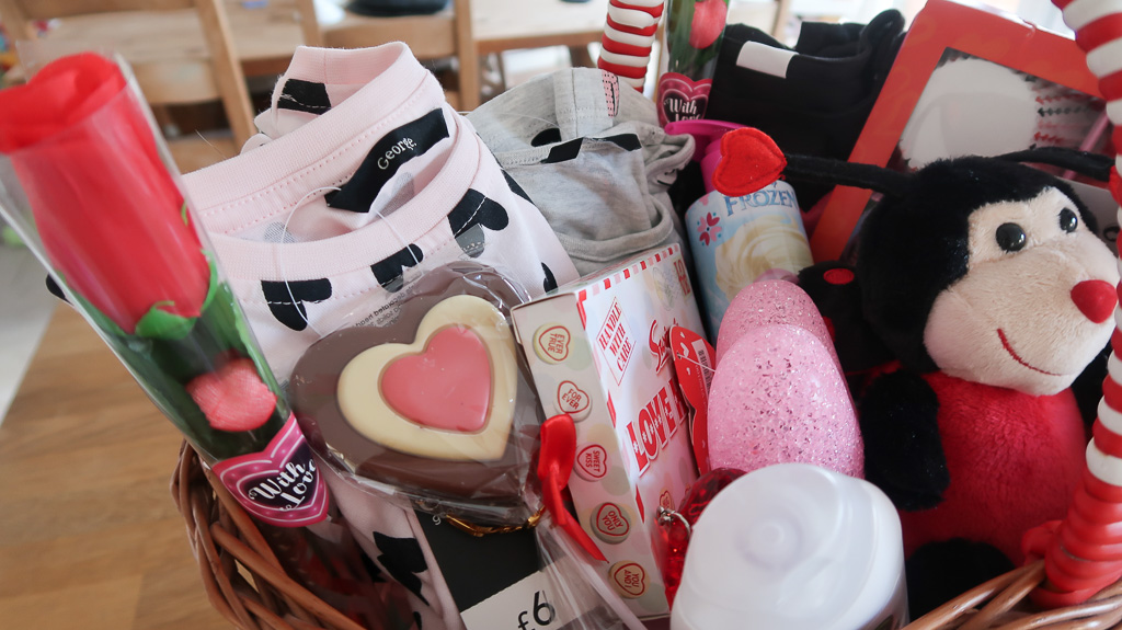 Valentines Gift Basket For Kids Roseyhome