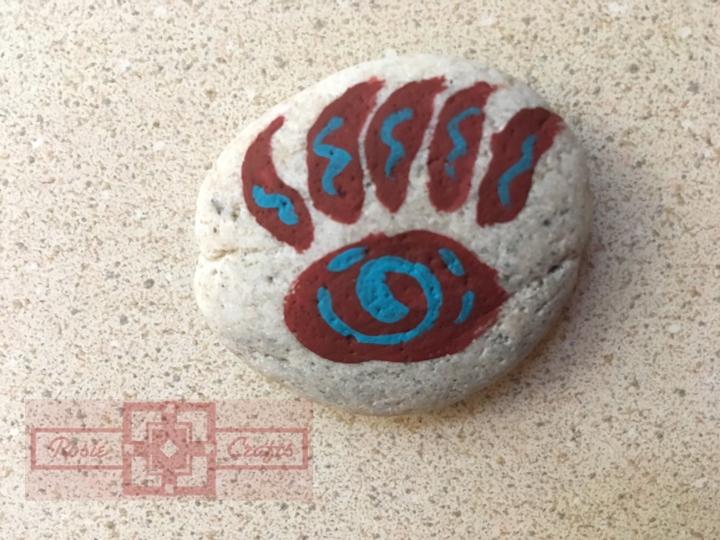 Artisan Tribes Bear Claw Rock