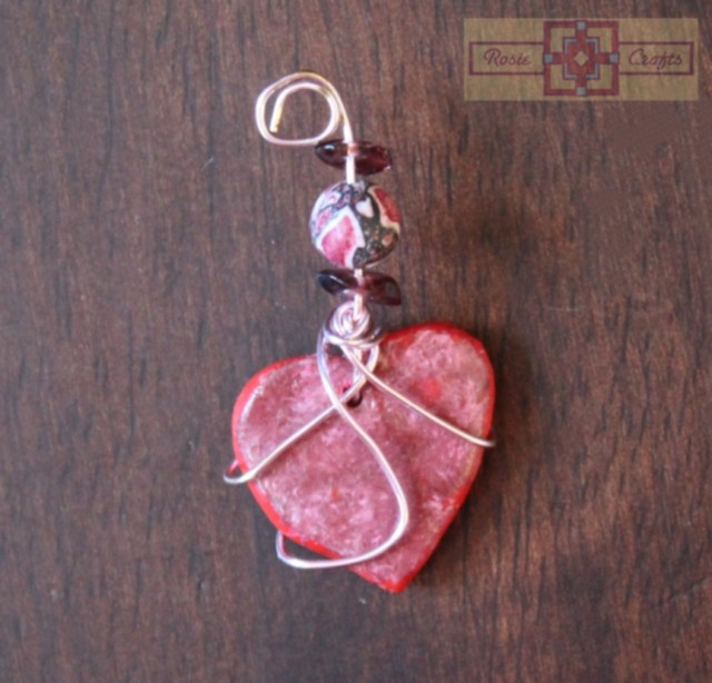 Rosie Crafts Heart Wire Wrapped Pendant