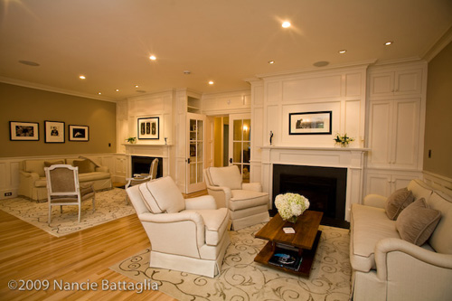 Rosslyn Living Room (Credit: Nancie Battaglia)