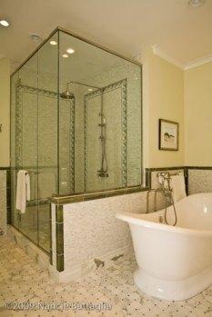 Rosslyn Master Bathroom (Credit: Nancie Battaglia)