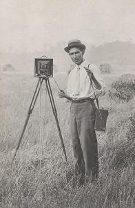 1907 Rosslyn Boathouse Photographer?
