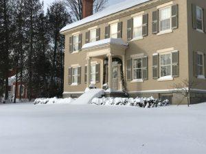 "Winter Wonderland 2019: Rosslyn buried in 20-24"" of fresh snow. (Credit: P.M.)"