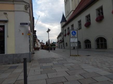 Von der Bahnhofsstraße zum Maibaum