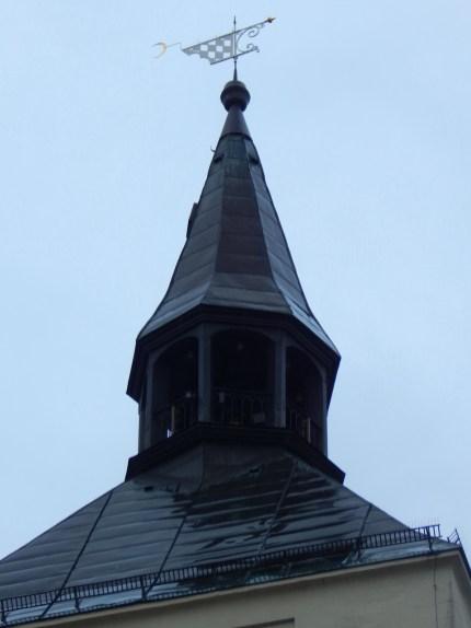 Die Spitze des Deggendorfer Rathauses