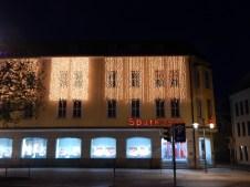 Die Sparkasse Deggendorf leuchtet