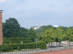 Das Kanzleramt von der Brücke bei unserem Hotel aus