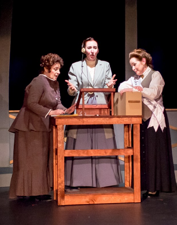 Pamela Ciochetti as Williamina Fleming, Isabelle Grimm as Henrietta Leavitt, Rachel Kayhan as Annie Cannon