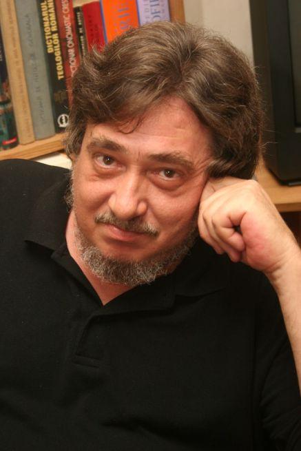 Razvan Codrescu (8)
