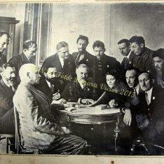 Participanții la cel de-al V-lea congres al Internaționalei Comuniste de la Moscova în anul 1924