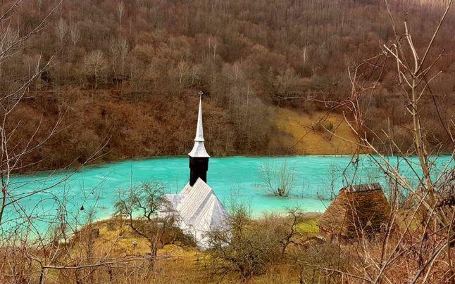 Strîngere de fonduri pentru salvarea bisericii din Vința - Alba