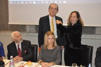 Il past president Antonio Giovane riceve la Paul Harris
