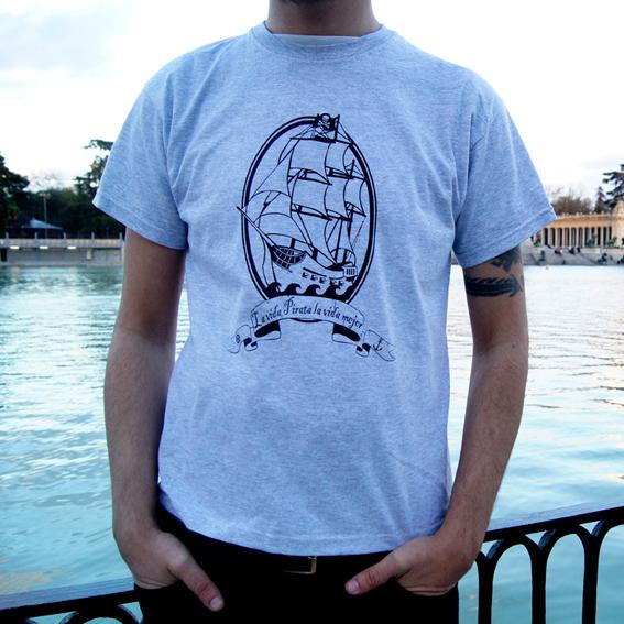 camiseta barco pirata