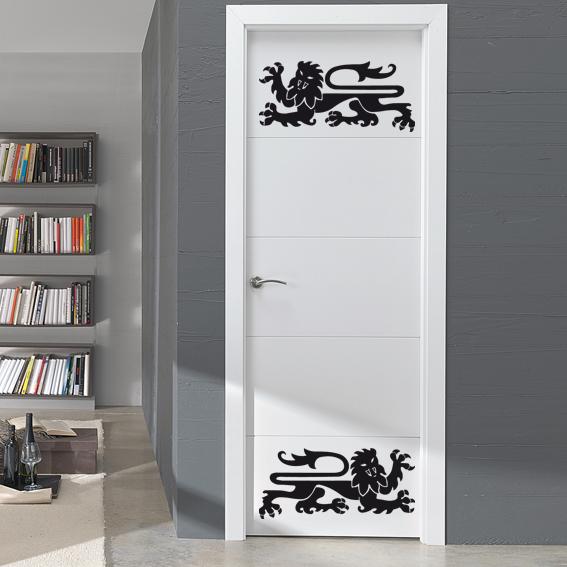 leones medievales puerta