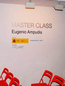 Vinilos que hemos hecho e instalado para la Fundación Arq Art para la presentación de una Master Class.
