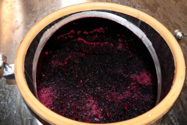 Rotweinherstellung1
