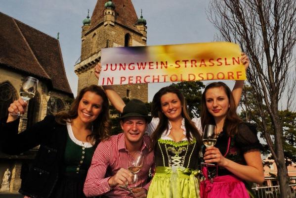 Perchtoldsdorfer_Jungweinstrassln_2016