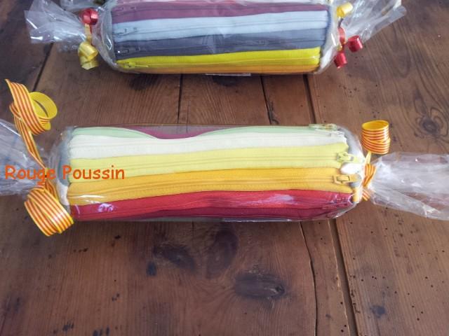 Trousse arc-en-ciel fabriquée avec des fermetures éclair