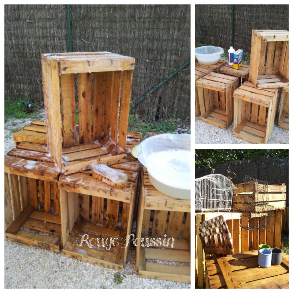 Nettoyage des caisses en bois qui seront utilisées pour agencer l'atelier.