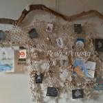Création artistique à partir d'un filet de pêche.
