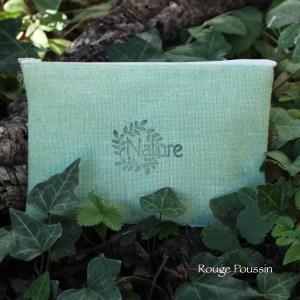 Pochette en tissu coloris vert