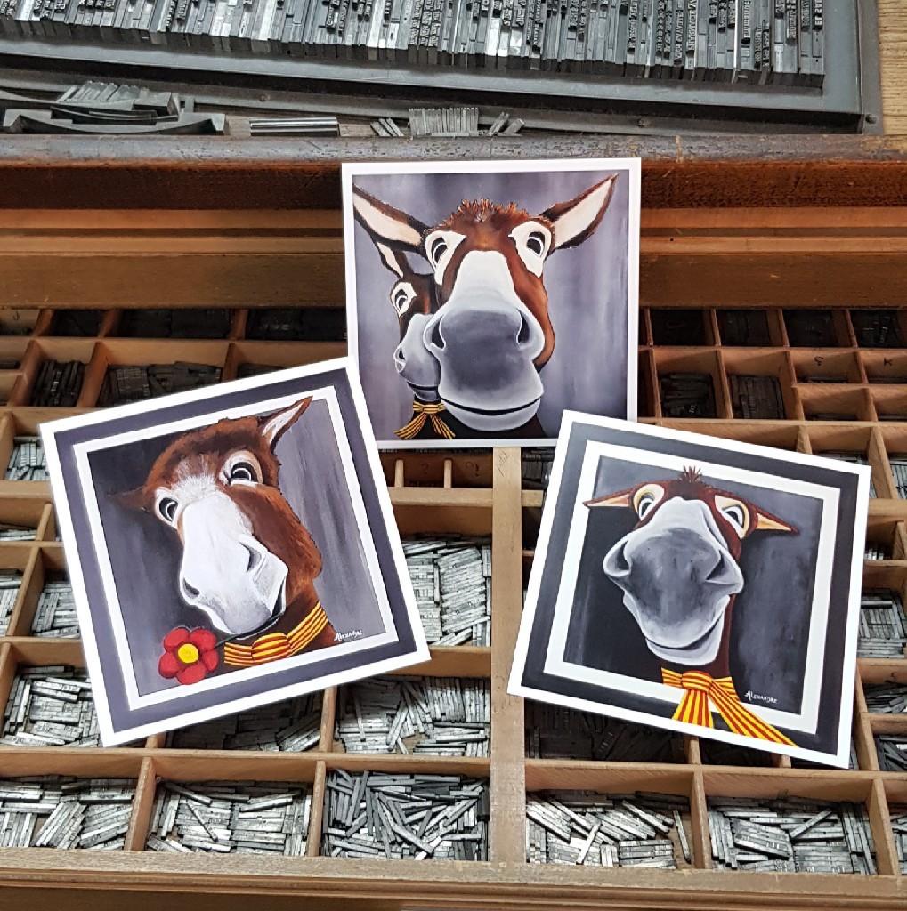 De nouvelles cartes postales des âneries de Carole.
