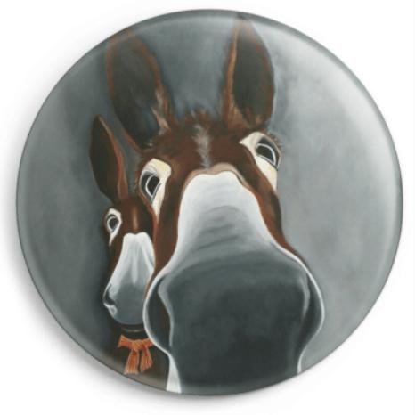 Le magnet 1,2,3 ... Soleil représente le portrait de deux ânes catalans, reproduction du tableau réalisé à l'acrylique par l'artiste peintre Carole Alexandre