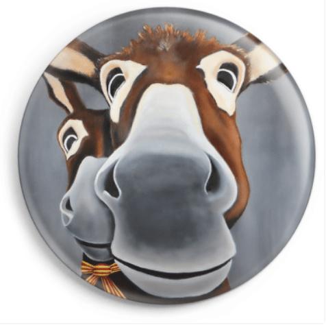 Magnet Léogâne représente le portrait de deux ânes catalans, reproduction du tableau réalisé à l'acrylique par l'artiste peintre Carole Alexandre