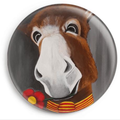 Le magnet de Joli Coeur représente le portrait d'un âne catalan. Reproduction du tableau réalisé à l'acrylique par l'artiste peintre Carole Alexandre.