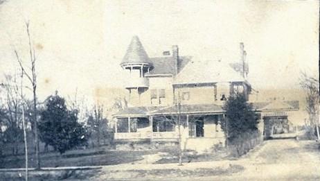 Mandeville Home- circa 1900