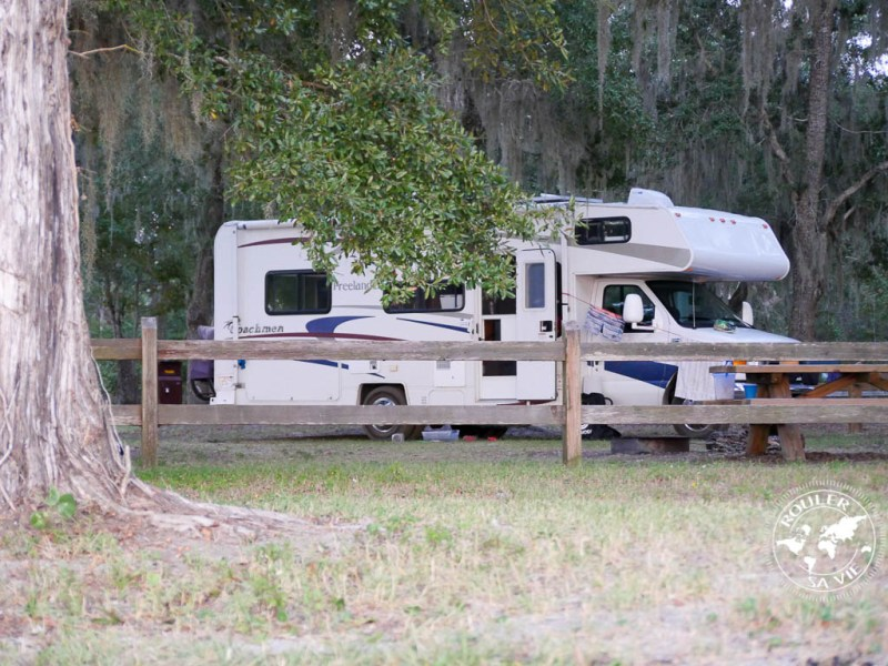 camping gratuit au Grassy Point Bayside Campground, Floride