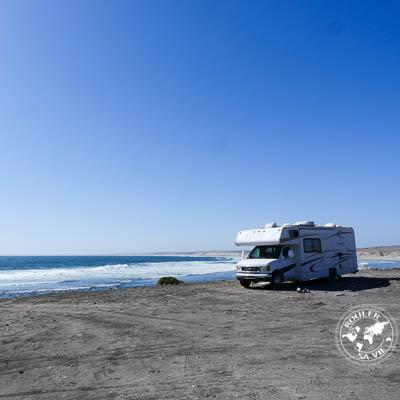 Camper sur les plages de Baja  |  Beach camping in Baja