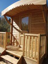 facade roulotte en bois