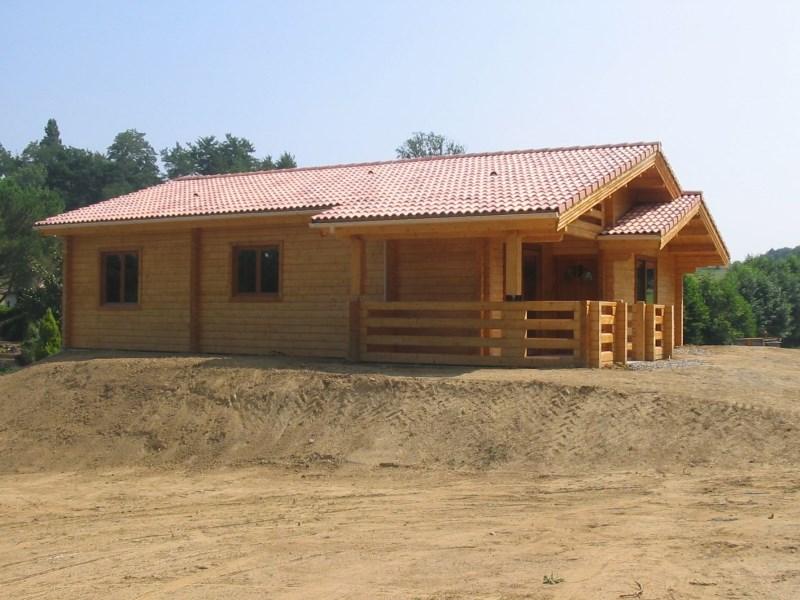 Maison bois roumanie chalet en rondin calibr rt chalets for Prix maison en bois massif
