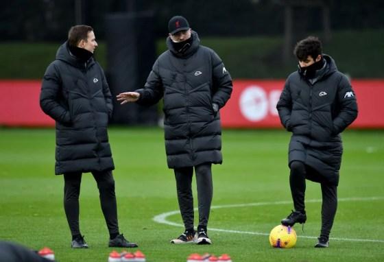 Liverpool training - Liverpool is behind Stefan Bajčetić.