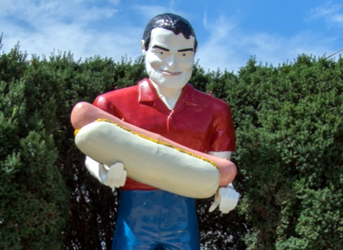 Paul Bunyon statue in Atlanta gets a new coat of paint