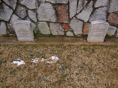 Fort Reno graves