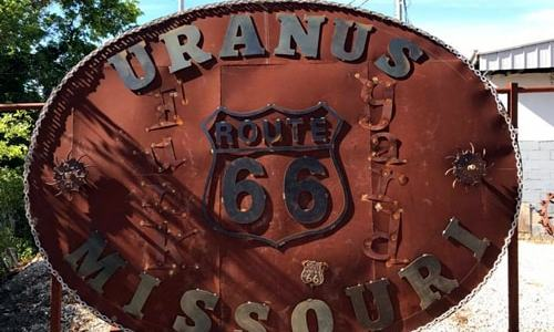 Guinness certifies world's largest belt buckle in Uranus, Missouri