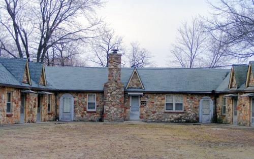 West Brothers Sullivan Mo >> Historic Shamrock Court Motel Near Sullivan Is Up For Sale