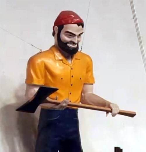 Louie the Lumberjack statue in Flagstaff beheaded