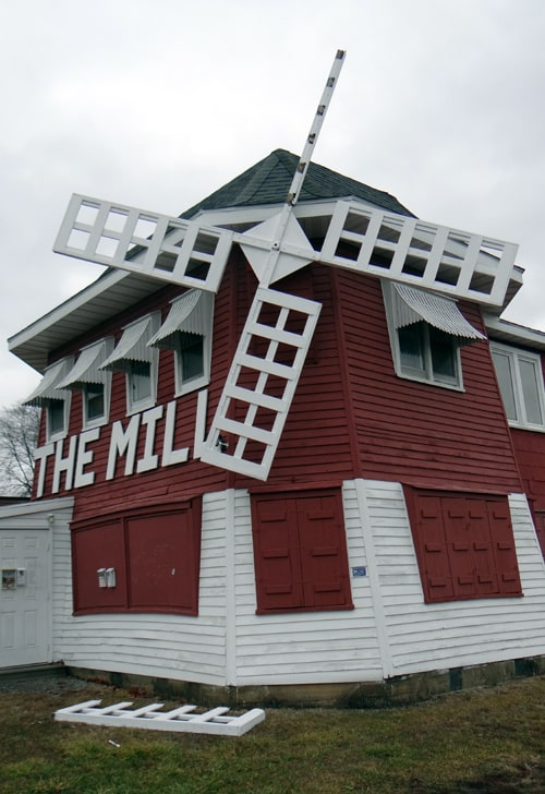 High winds break off one of the blades of The Mill in Lincoln
